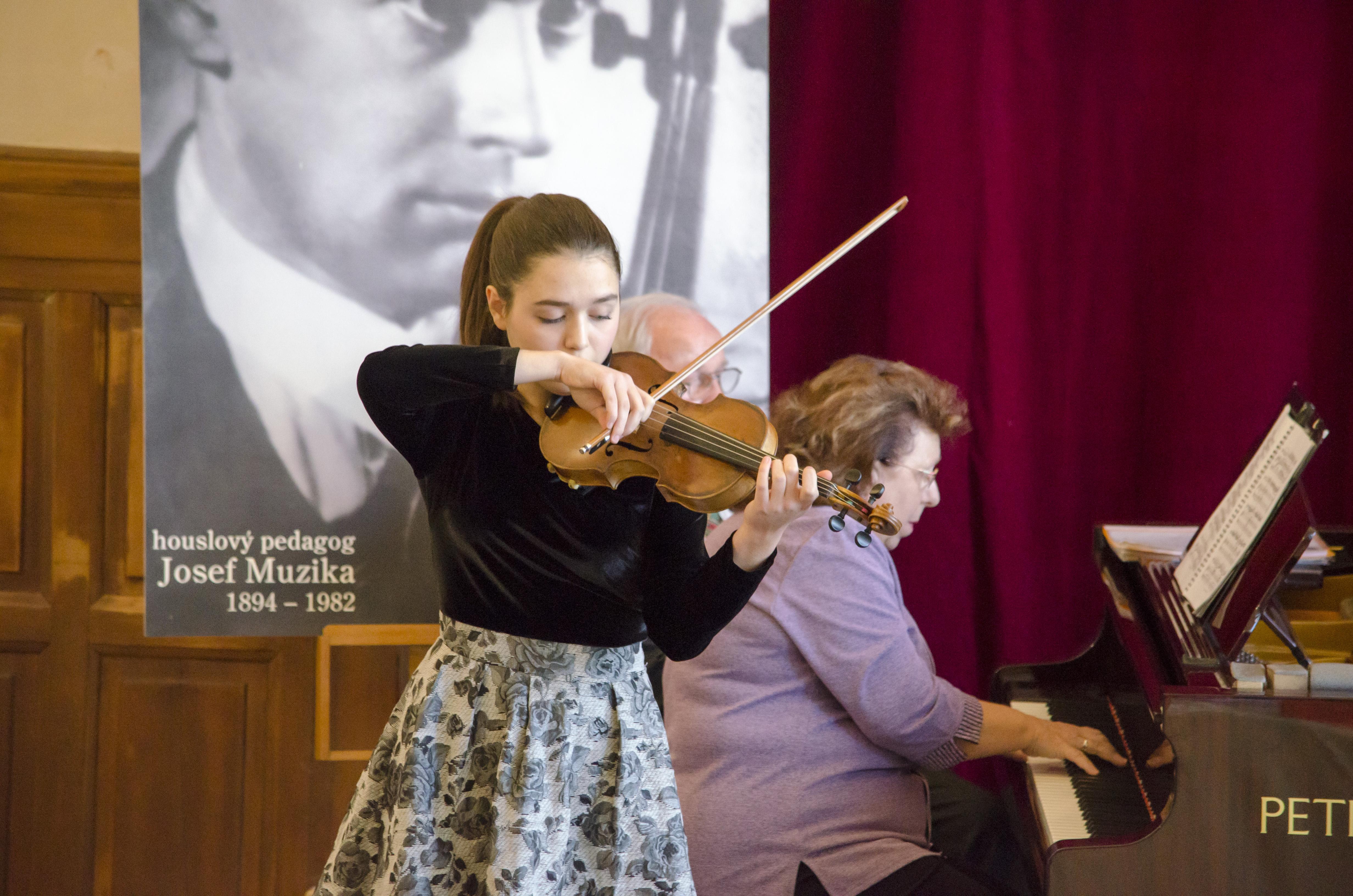 Houslová soutěž 2017 - VI. kategorie - Mariotti Lucilla Rose