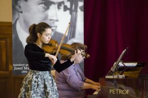 Absolutní vítězka 21. ročníku Mezinárodní houslové soutěže Mistra Josefa Muziky 2017: MARIOTTI Lucilla Rose, International Imola Academy, Itálie